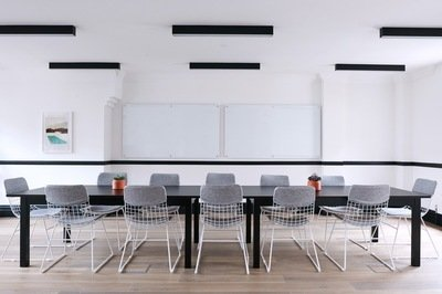 benefits management c-level buy-in - boardroom