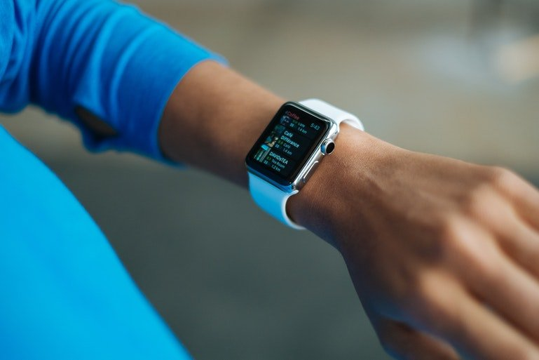 wearables use cases - smartwatch